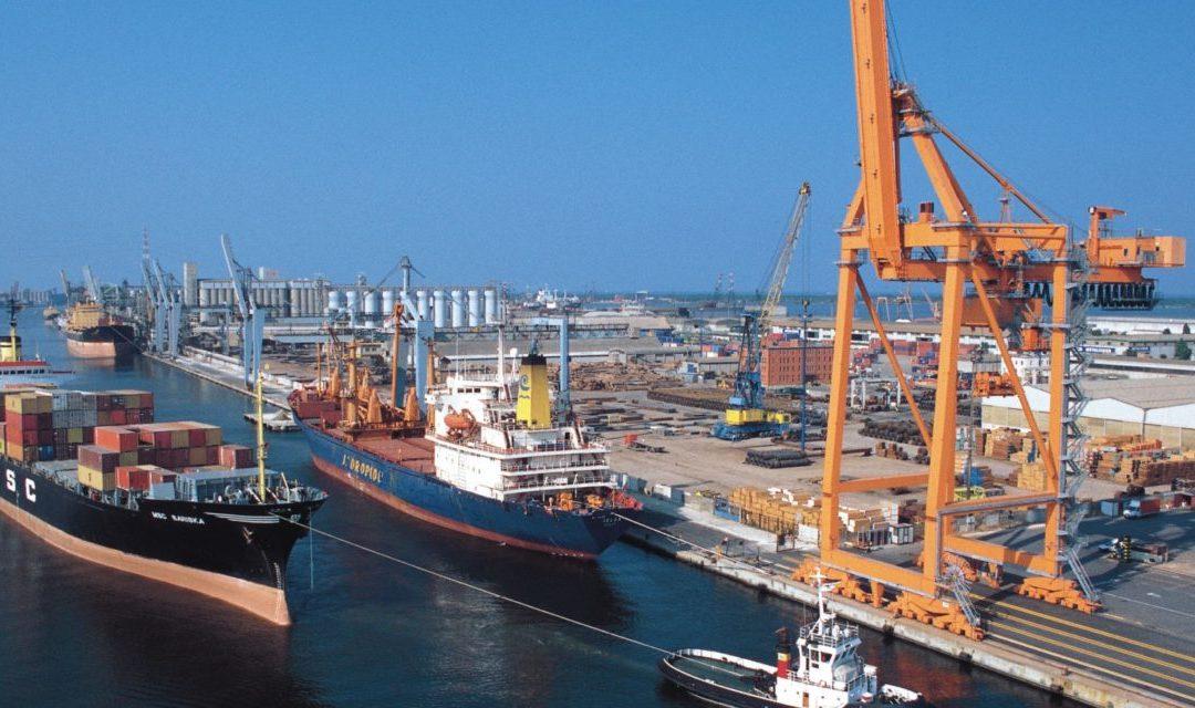 Gianni Bessi interroga la Giunta della Regione Emilia-Romagna per fare il punto sulle imposte per i canoni di concessione e autorizzazione all'esercizio dell'attività portuale