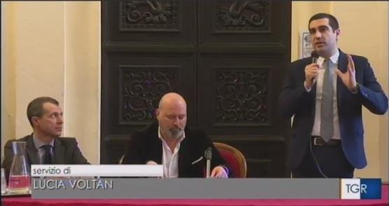 Comune di Ravenna, incontro indetto dal Sindaco De Pascale insieme a sindacati, associazioni, lavoratori e imprenditori per dire SI al gas naturale italiano. Presente! #caschigialli #bessixillavoro